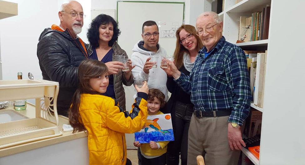 מחמם את הלב: למען ניצול השואה