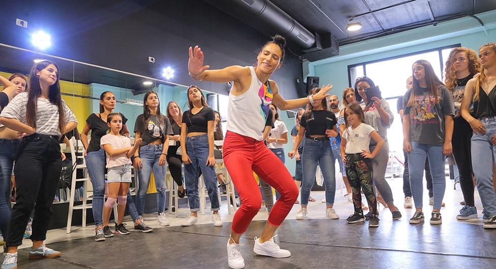 """הרבה מעבר לסטודיו לריקוד: """"קולג' דן אודיז"""" מתרחב"""
